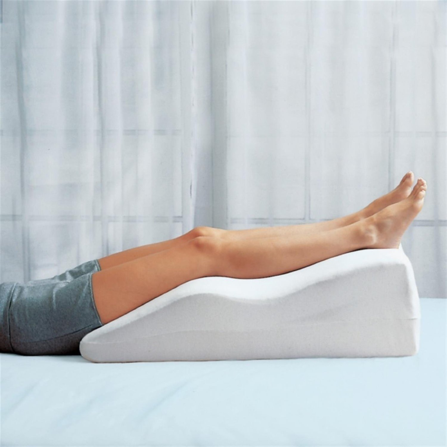Pillows To Prop You Up In Bed Leg Elevation Pillows